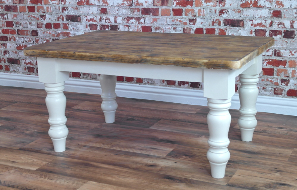 Rustic farmhouse coffee tables side tables Farm style coffee tables